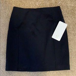 Lululemon &go cityfater skirt sz 8 black